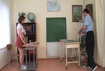 หนังโป๊ฝรั่ง18+ ครูหลอกเย็ดหีเด็กนักเรียนอีกแล้วบอกให้เด็กมาเรียนพิเศษสอนไม่ทันไรจับเย็ดซะงั้น