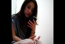 คลิปโป๊แอบถ่าย แอบซ่อนกล้องจิ๋วไว้ในห้องน้ำห้างดังใจกลางเมืองกรุงเทพเจอสาวสวยเต็มๆหีเต็มจอ