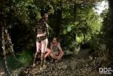 หนังxxxHD ไกด์หนุ่มพาสองสาวออกทริปเที่ยวป่ากางเต๊นค้างคืนเลยจัดสวิงกิ้งทั้งคู่ครางลั่นป่า